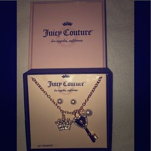 12/7/19 NEW IN! Juicy Couture Charm Necklace